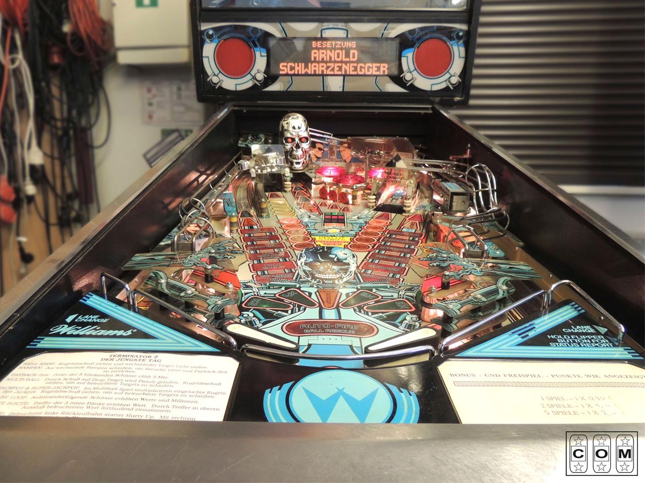 Terminator-2_Playfield_Vorher